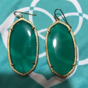 Kendra Scott Danielle Earrings in Emerald